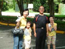 第二天擔任住宿協助的蕭先生,為人溫和、實在~ 第一天導覽的周先生也非常認真,令我們感到溫馨~