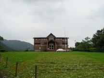 大坪國小一位外籍家長經營的 Taiwan Camp 的服務中心。