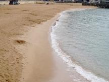 外木山沙灘是基隆唯一的(人造)沙岸,也是我們以前常在傍晚人少時逗留踏浪的地方~